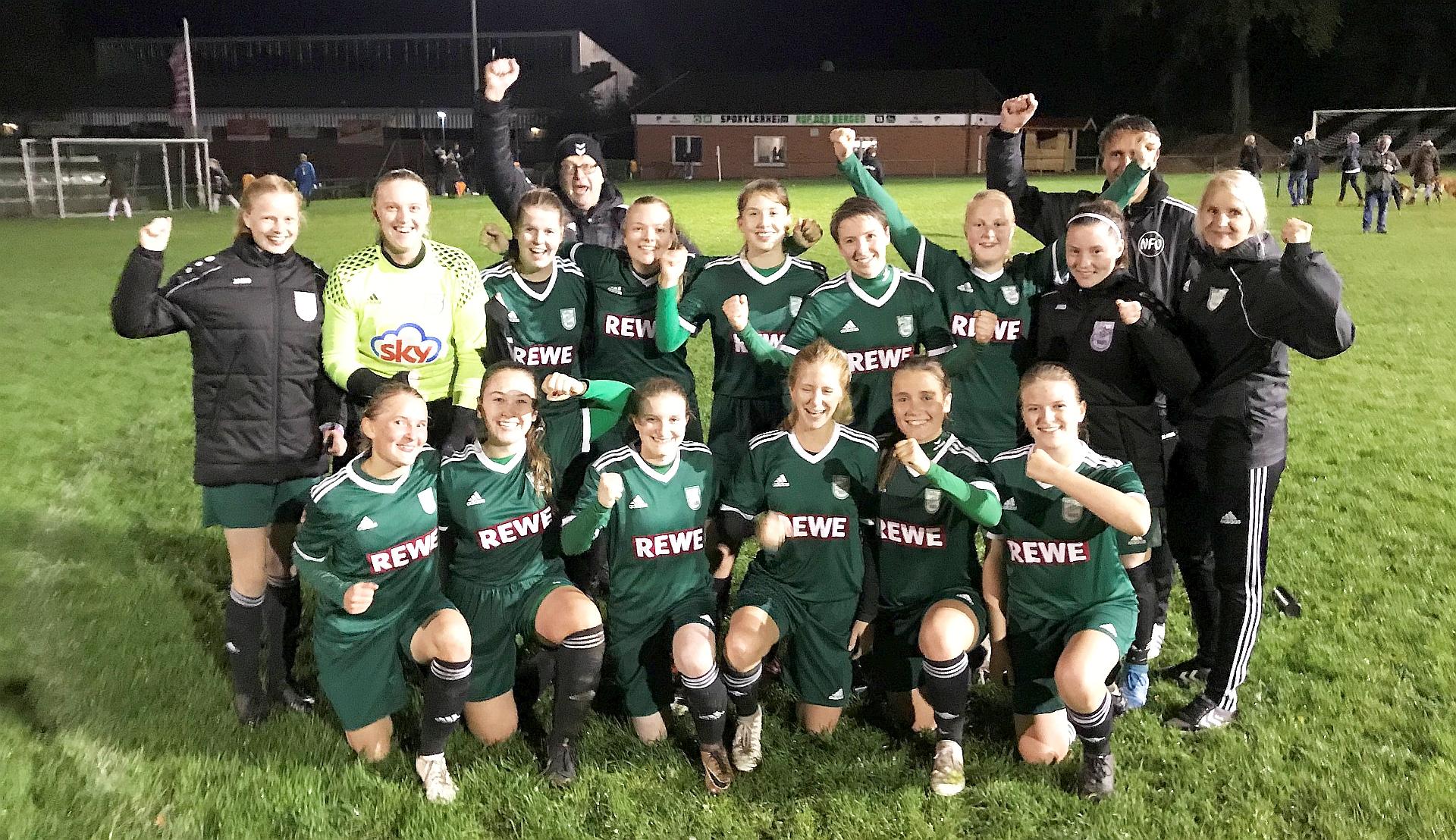 Fussball Berichte Frauen Tura Meldorf